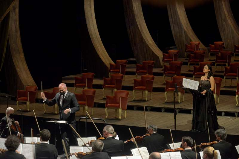 Antonello-Manacorda-Carmela-Remigio-Mahler-Venezia